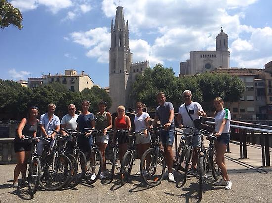Discover the best of Girona in 3 hours.