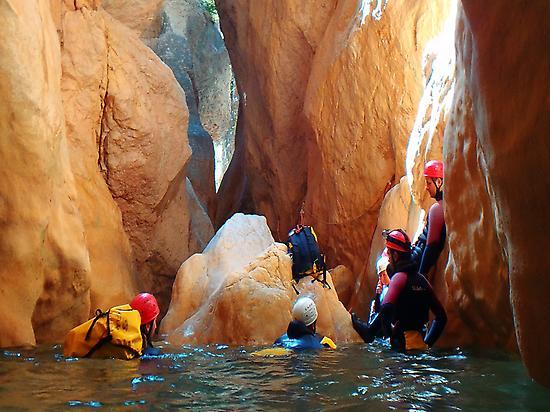 Family canyoning in Sierra de Guara