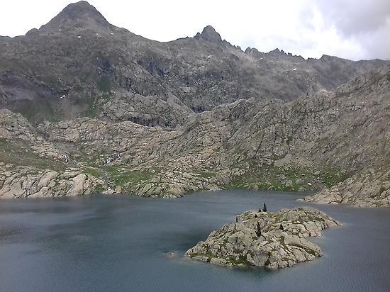 Bachimaña Lake