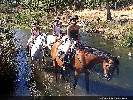 Horse Tour in Bullaque River