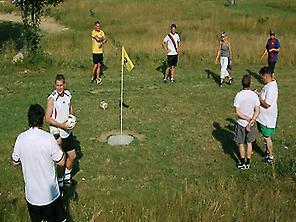Football-Golf