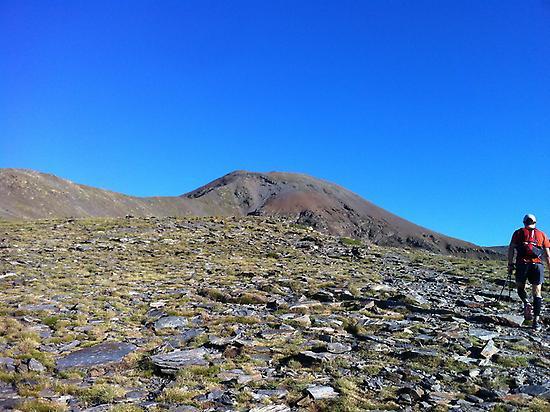 Walking to Puigmal peak