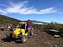 Recorre los volcanes de la isla en buggy