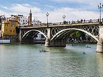 Triana and the bridge
