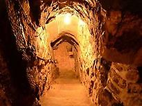 Entry underground cellar.