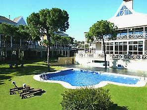 Hotel, swimming pool and gardens