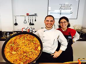 Chef Victor and his paella