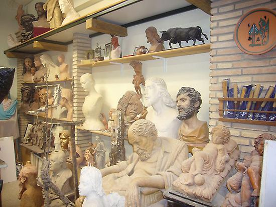 Taller escultor e imaginero Lastrucci
