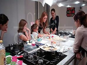 FAMILY COOKING IN SEVILLE