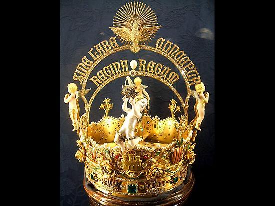 Crown of the Virgen de los Reyes