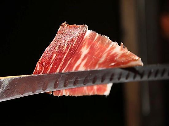 Hand-sliced cured ham