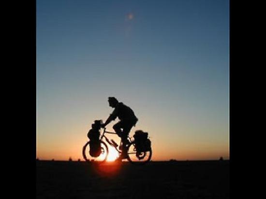 Pilgrim cycling on the Way