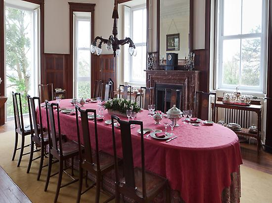 The dining room, Tower of Satrustegui