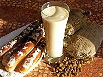 Horchata with Fartons