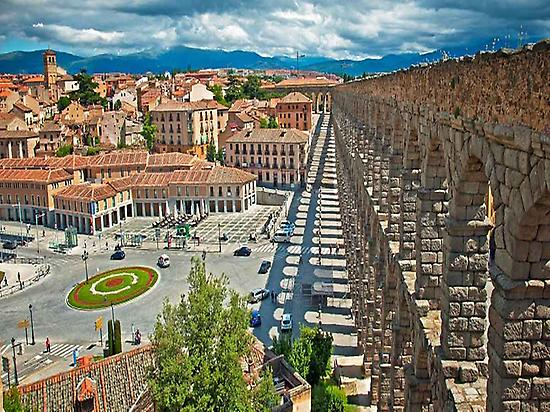 Ávila & Segovia Full Day Tour