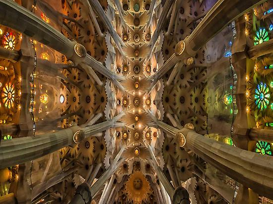 Tour Gaudí (haschelsax- Flickr)
