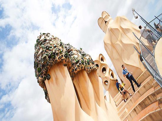 Tour Gaudí (Luca Nebuloni- Flickr)