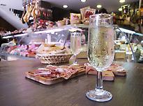 Tapas tour & Market Visit in Malaga