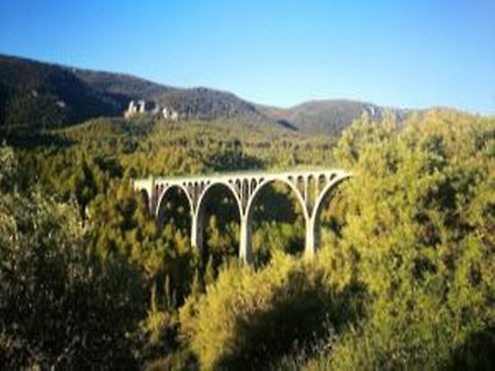 7 arcs bridge