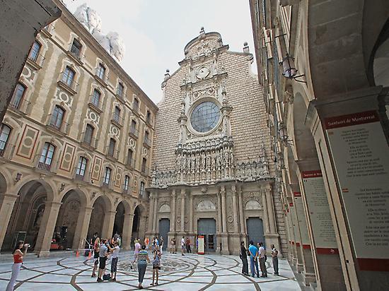 Basilica Façade