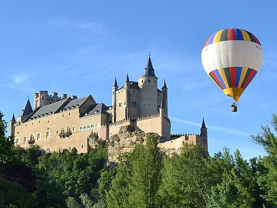 Balloon ride in Segovia
