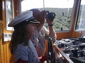 wheelhouse boat