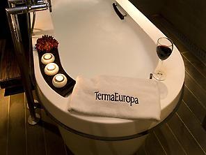 Baño Termal con Vinoterapia