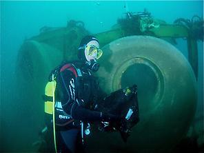 Underwater wine cellar