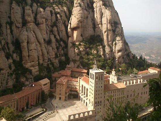 Easy Montserrat