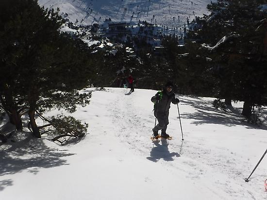 Excursion with snowshoes in Madrid