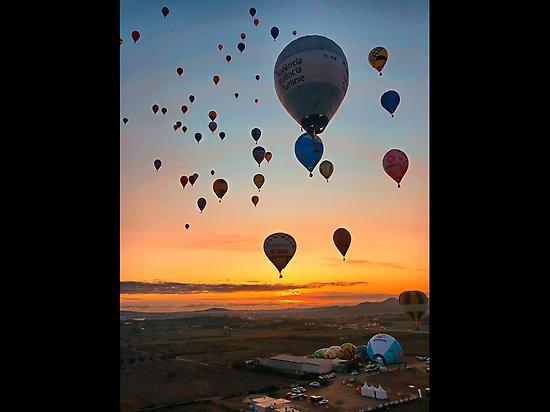 Start by the sunrise, best flights