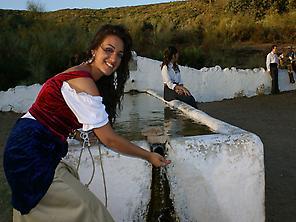 bandits women on the water