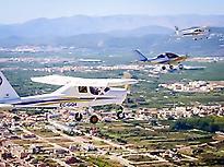 Pilot a small plane in Alicante