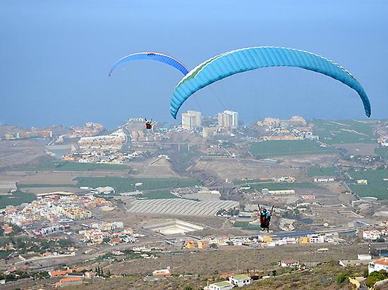 Paragliding flight in Tenerife 0