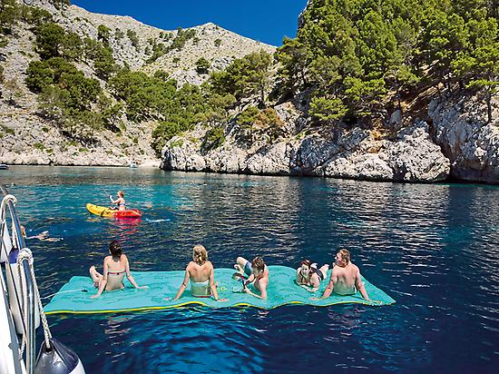Mallorca: North Coast Catamaran Cruise
