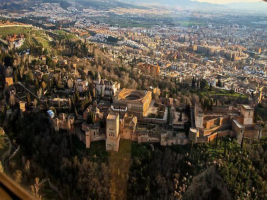 Vista aérea Alhambra y ciudad de Granada