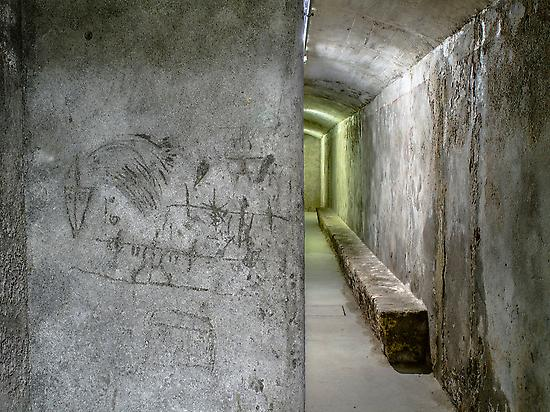 Civil War Shelters, drawings on the wall