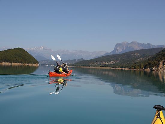 Kayak doble en los Pirineos
