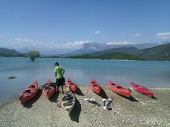 Kayak en los Pirineos