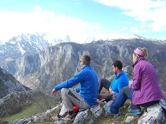 Hikers in Picos de Euruopa
