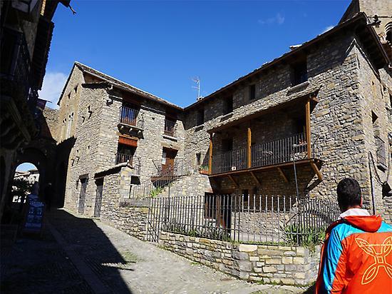 Sierra de Guara self-guided walking tour