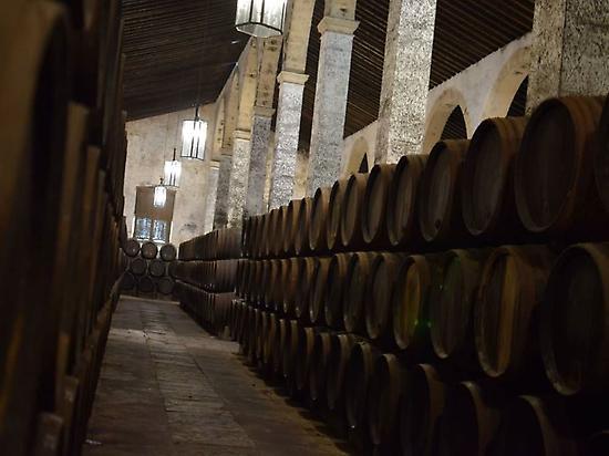 Criaderas y soleras sherry cellar