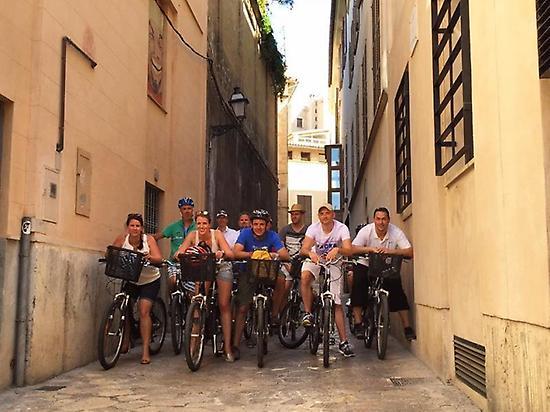 Enjoy the city by bike