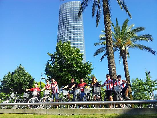 See the highlights of Bilbao by bike