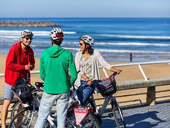 Ride along the coast of San Sebastian