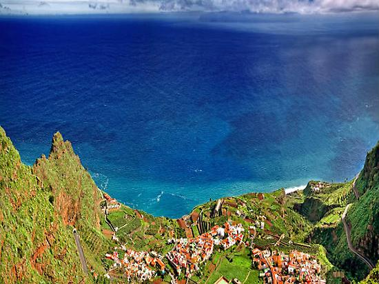 La Gomera: Sea and mountains: Contrast