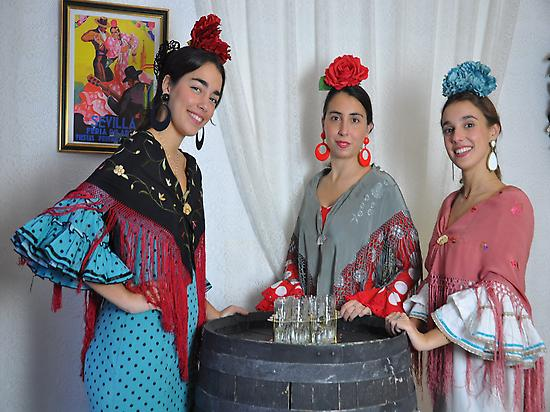 Group of flamencas in the Feria