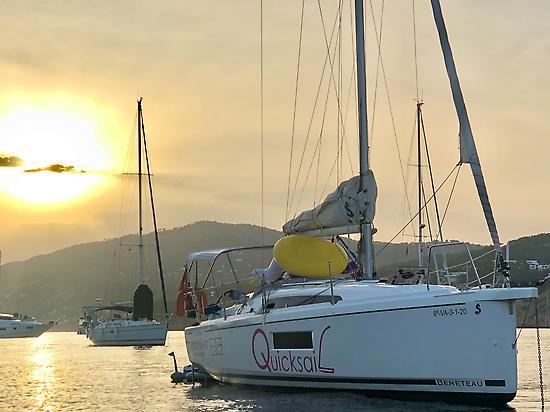 Quicksailito Sailing boat