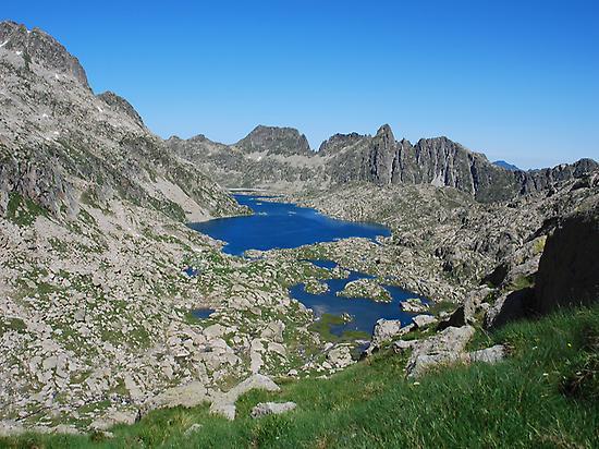 Rius lake and Tort de Pius lake
