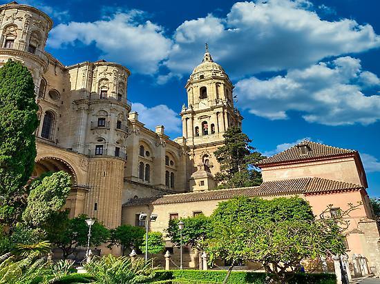 Außenansicht der schönen Kathedrale von